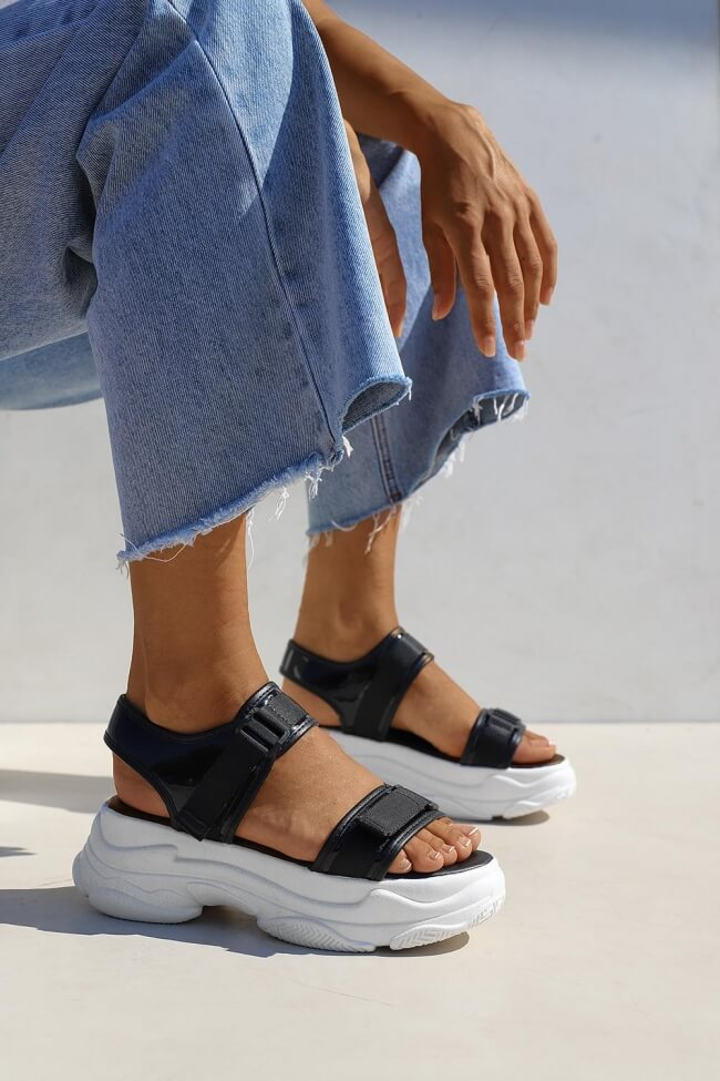 Sneakers με Λουράκια & Scratch