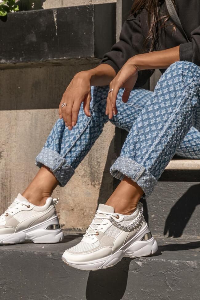 Sneakers με Πλατφόρμα & Διακοσμητική Αλυσίδα