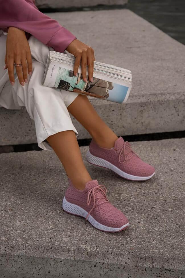 Sneakers με Πλεκτό Σχέδιο