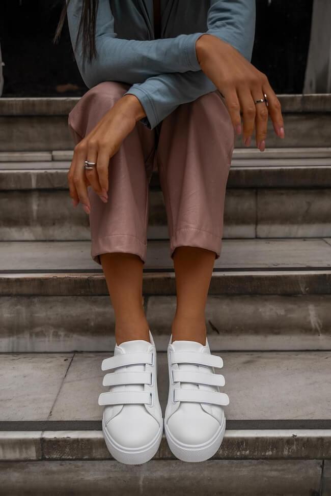 Sneakers με Scratch