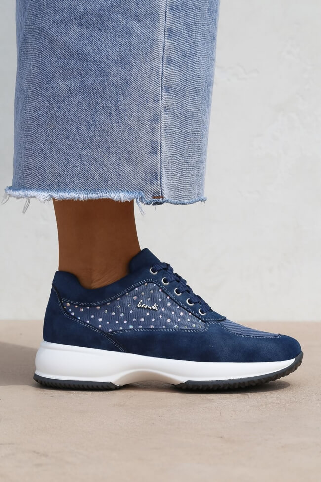 Sneakers με Συνδυασμό Υλικών & Strass