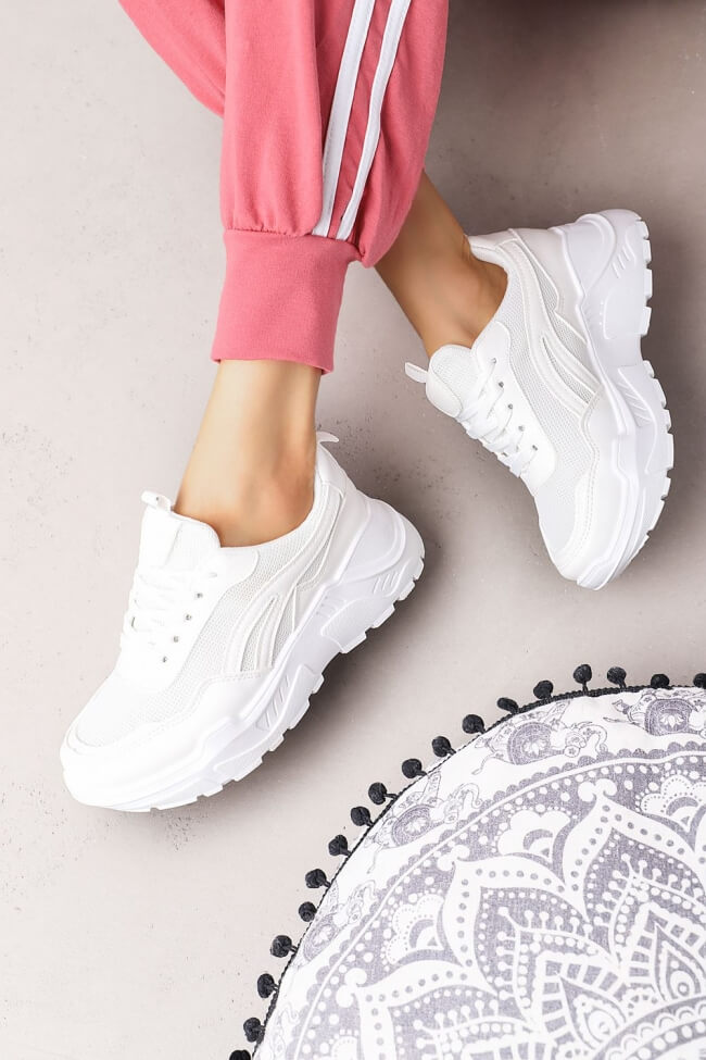 Sneakers Μονόχρωμα με Δίχτυ