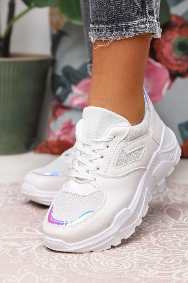 Sneakers σε Συνδιασμό Υλικών με Δίχτυ