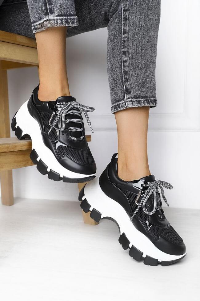Sneakers σε Συνδυασμό Υλικών & Δίχτυ