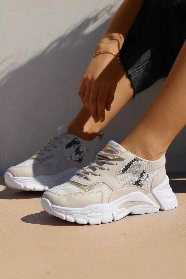 Sneakers σε Συνδυασμό Υλικών & Χρωμάτων