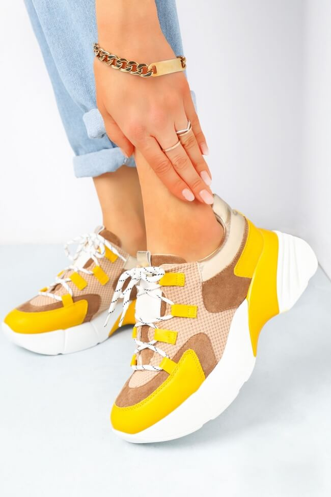Sneakers σε Συνδυασμό Υλικών & Χρωμάτων.