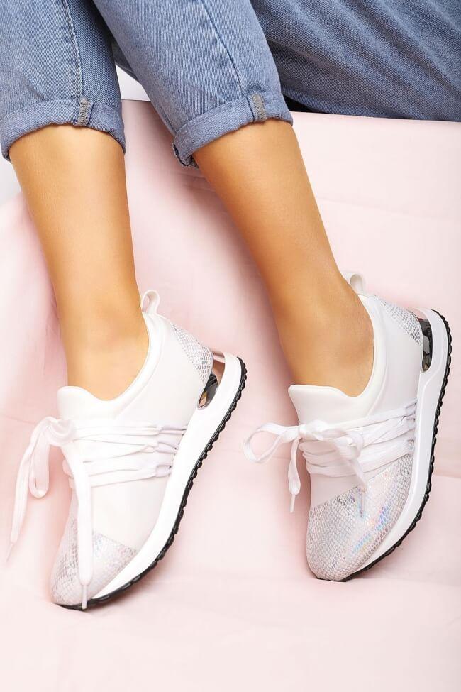 Sneakers Slip On με Διακοσμητικά Κορδόνια