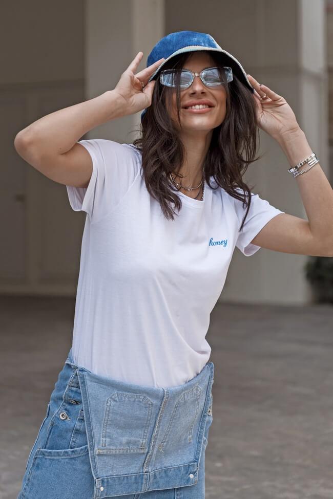 T-Shirt Honey με Κέντημα
