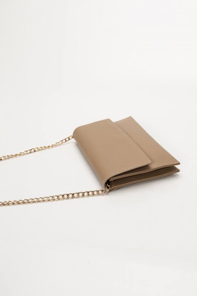 Τσάντα Φάκελος με Χρυσή Αλυσίδα