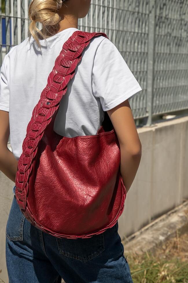 Τσάντα Ώμου με Λεπτομέρεια Croco
